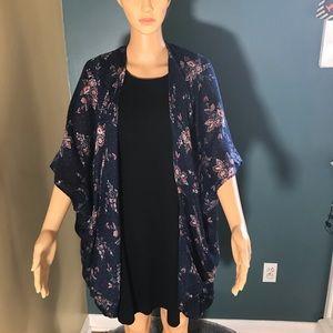 Ann Taylor Loft short kimono cardigan floral blue